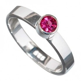 Design-Ring mit Turmalin rot, facet