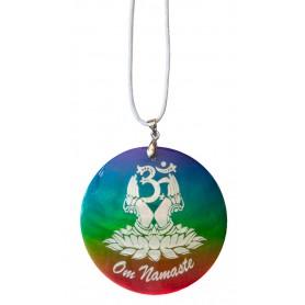 """Halskette """"Om Namaste"""" Muschel Airbrush rainbow 5cm"""