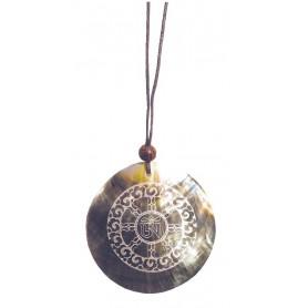 """Muschelschmuck mit Gravur """"Dharma Chakra"""" 6cm"""